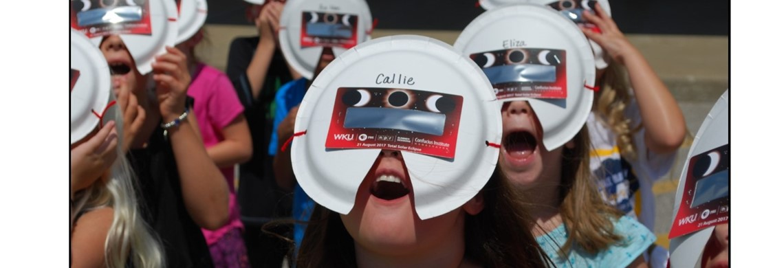 HES Students View the Eclipse 2017