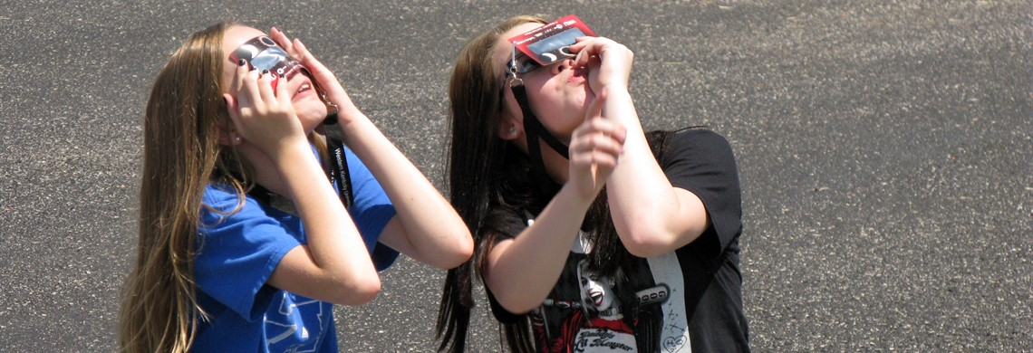 BMS STUDENTS  WATCHING SOLAR ECLIPSE 2017